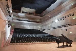 Konzerthaus Dortmund / Saalansicht von der Bühne © Yogi Kaja