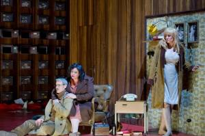 Musiktheater im Revier-La Gioconda- Petra Schmidt, Nadine Weissmann, Derek Taylor / Foto @ Thilo Beu