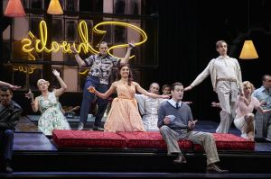 Morgan Moody (Artie Green), Ensemble ©Thomas Jauk, Stage Picture