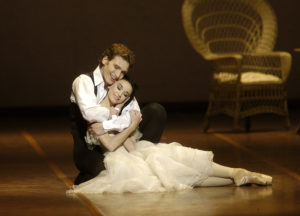 Lucia Lacarra & Marlon Dinoin John Neumeiers Kameliendame30/10/09