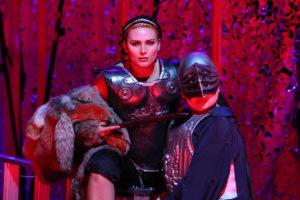 Almerija Delic als Lucius- in Telemanns Germanicus Theater Osnabrück Foto: Jörg Landsberg