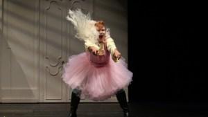 Almerija Delic als Cherubino /Theater Osnabrück/ Foto @ Jörg Landsberg