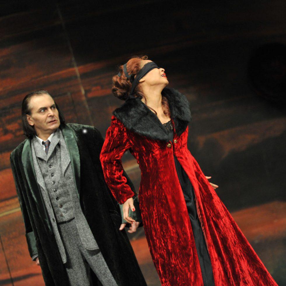 Deutsche Oper am Rhein / TOSCA/ Foto @ Hans Jörg Michel