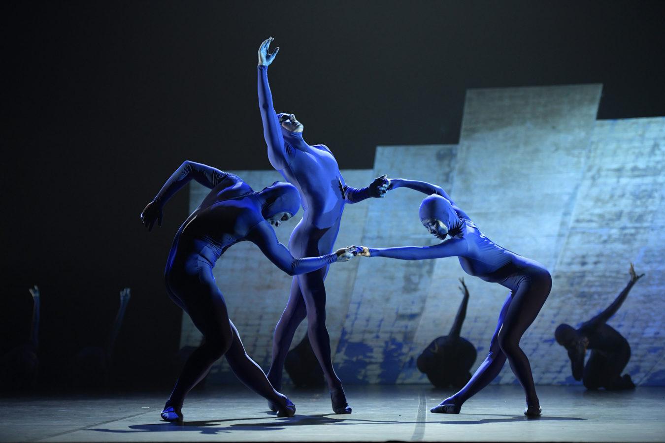 Ballett Dortmund/ RACHMANINOW I TSCHAIKOWSKY/Andrei-Morariu_Dustin-True_Sae-Tamura/Foto @ Bettina Stöß