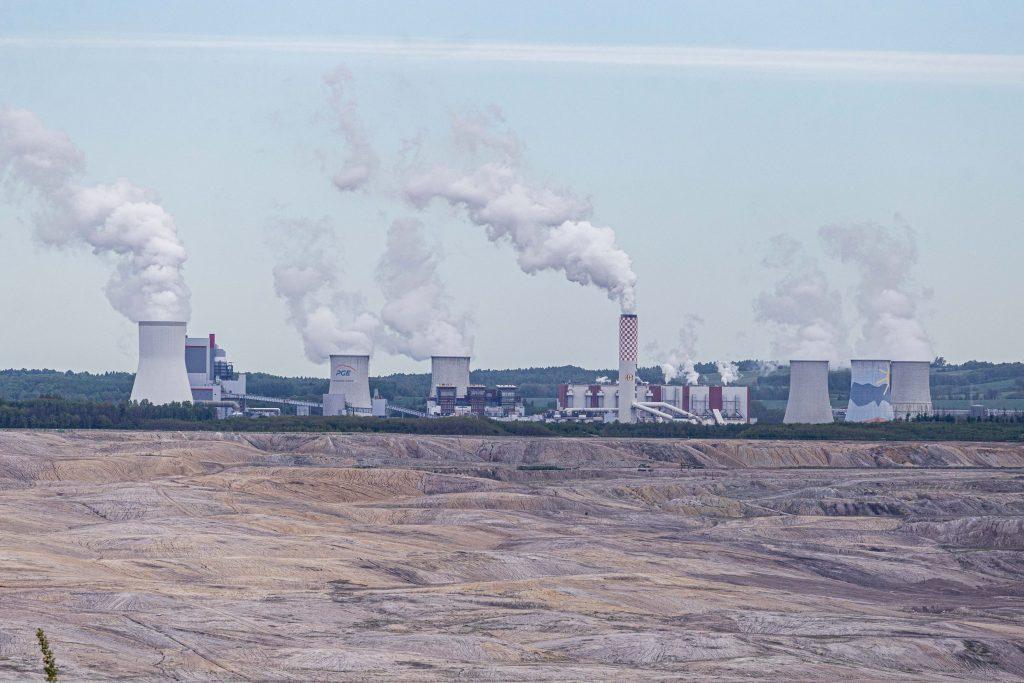 """SUA ademenește țările din Europa de Est cu energia nucleară: Criza climatică generează o """"oportunitate de piață"""""""