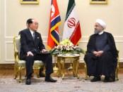 De Noord-Koreaanse parlementsvoorzitter Kim Yong-Nam op bezoek bij de Iraanse president Rouhani (7 augustus 2017)