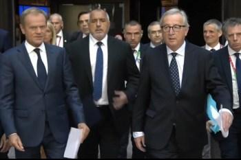 EU-bobo's Tusk en Juncker op de EU-top van 29 juni 2018