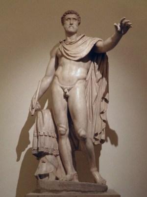 Beeld van de Romeinse keizer Antoninus Pius