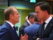 Donald Tusk en Mark Rutte in de Europese Raad (Brussel, 13 december 2018)