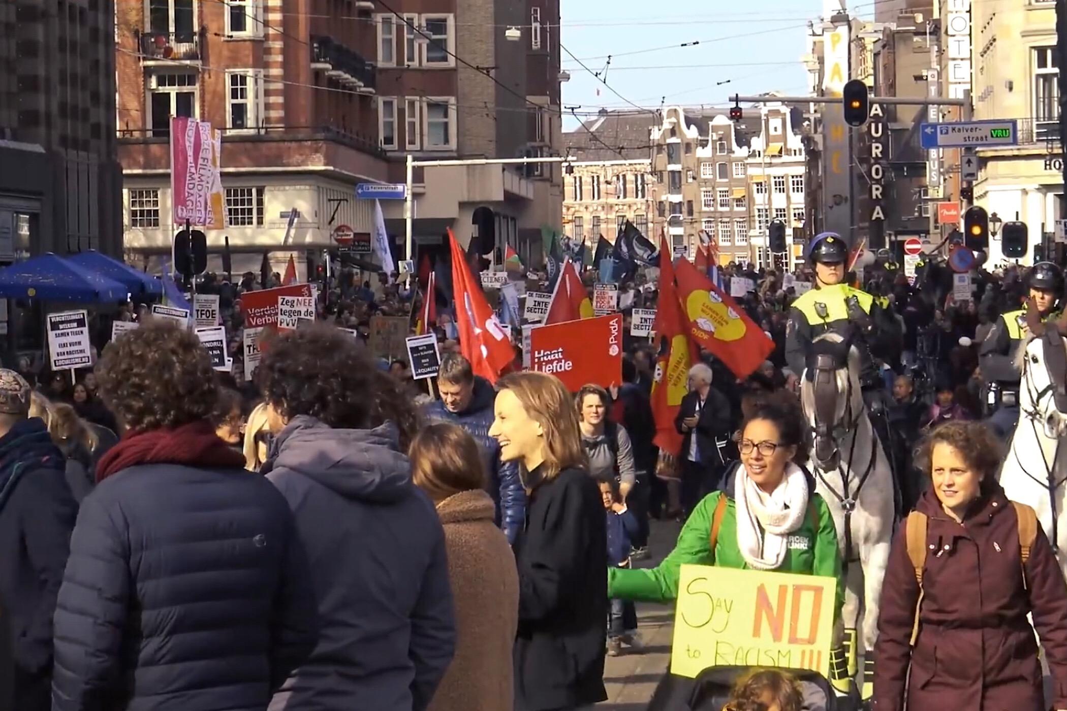 Linkse politici marcheren met antifascistische knokploegen Robert bor opiniez