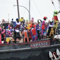 Verbied protesten bij intocht Sinterklaas!