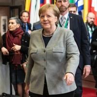 Merkel wankelt, maar haar tijdperk is nog niet afgesloten