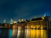 Partijkartel houdt Rutte in het zadel Robert raupach opiniez mark rutte kamerdebat tweede kamer