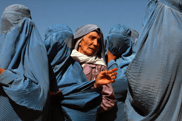 Afghaanse vrouwen betalen hoge prijs Robert raupach opiniez, kabul, vrouwenrechten, afghanistan