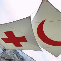 De inktzwarte kant van Het Rode Kruis