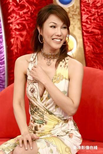 10 LadyBoy Tercantik di Asia yang Bikin Pangling