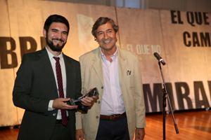 Sebastián Sottorff periodista de El Mercurio y Juan Carlos Feres, Presidente de la Fundación Superación de la Pobreza