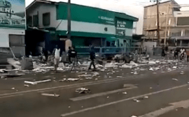 Looting in Bode Thomas End SARS protest