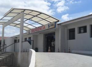 Sem assistência em Monteiro, paciente é atendida no hospital de Sumé 5