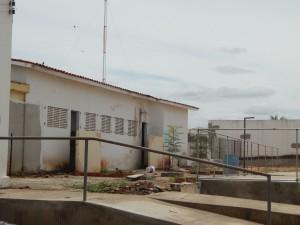20160125174933-300x225 Mato, lixo e esgotos a céu aberto mostram descaso da Gestão do Prefeito Junior Nobrega no município da Prata, no Cariri