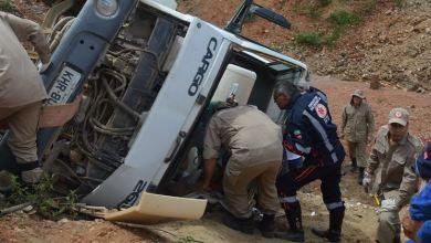 Caminhão despenca em obra da Transposição do Rio São Francisco e deixa motorista ferido 2