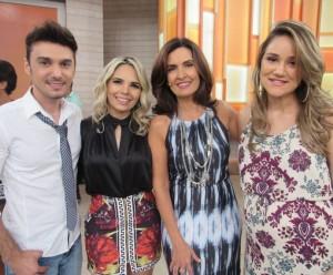 6-300x248 Banda Magníficos apresenta novo sucesso no 'Encontro com Fátima Bernardes'