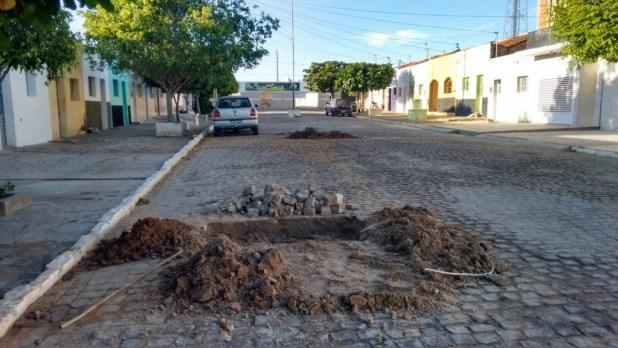 09387db8-eac8-4821-8ac7-ae9d0d1f19ed-1024x576 CAGEPA deixa buracos nas ruas e prejudica população monteirense