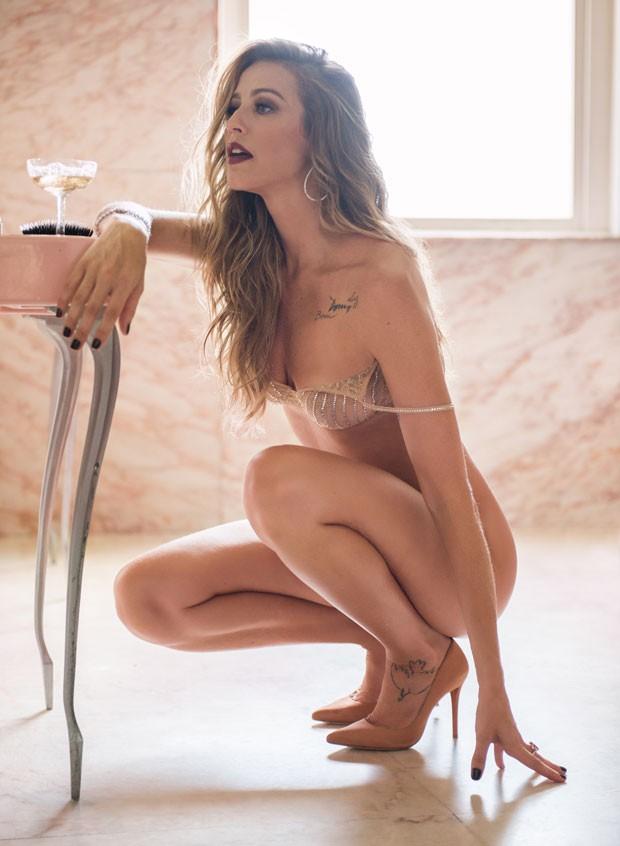 "luana_SJH8UWR Revista ""Playboy"" divulga capa com Luana Piovani"