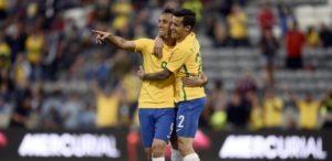 jonas-comemora-gol-da-selecao-brasileiro-em-amistoso-preparatorio-a-copa-america-1464578070359_615x300-300x146 Jonas à la Neymar e estreante Gabigol dão vitória ao Brasil sobre Panamá