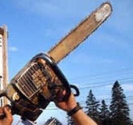 Serra-Elétrica Brasileiro confessa ter matado e esquartejado o pai com uma serra elétrica