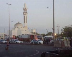 consulado-310x245-300x237 Homem detona explosivo em frente a consulado dos EUA na Arábia Saudita