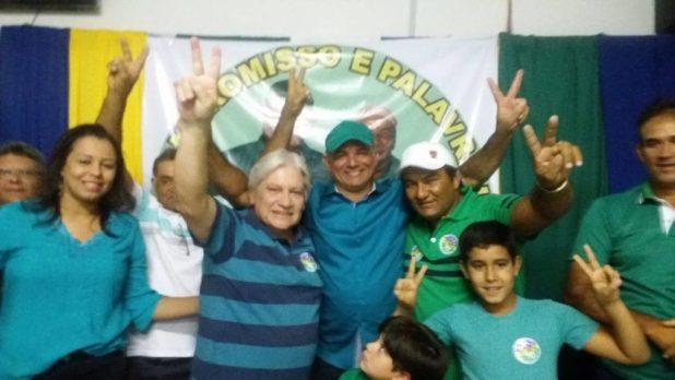 13977785_10207451683873401_478725361_o-1024x576 PTdoB realiza convenção na Prata e lança Felizardo prefeito e Café para vice.