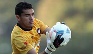 santos1040413-800x465-300x174 Paraibano fecha o gol, Walter faz dois e Atlético bate Corinthians