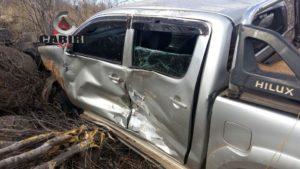 acidente_cariri1-300x169 Caminhonete Hilux capota na BR 412 no cariri