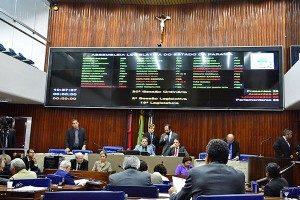 assembleiaabril2016-300x200-300x200 Emendas à LOA beneficiam vários municípios do Cariri; confira a relação
