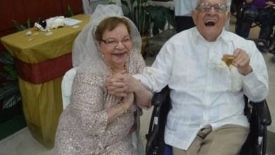 O AMOR É LINDRO: Mulher fica noiva e se casa pela primeira vez aos 80 anos 2