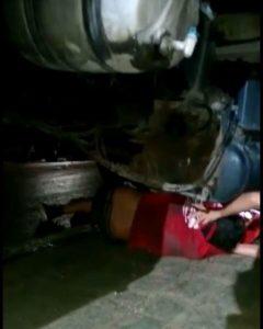 acidente-br-412-1-240x300 Em Monteiro: Jovem se envolve em acidente e para embaixo de caminhão
