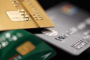 cartao-300x200 Juros do cartão de crédito serão reduzidos pela metade, anuncia Temer
