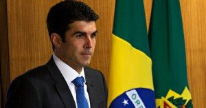 helder-barbalho-300x157 Paralisação de obras da Transposição não afeta a Paraíba, diz Ministro da Integração Nacional