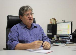 timthumb-24-300x218 Secretário diz que suspensão de obras no túnel de Monteiro não atrasa transposição
