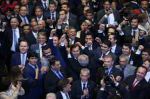 17033193-300x199 Em vitória folgada, Rodrigo Maia é reeleito presidente da Câmara