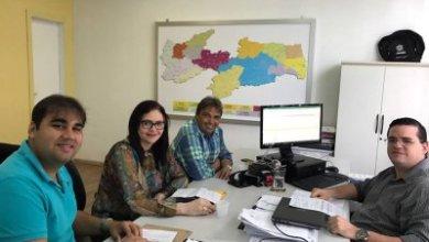 Carmelita Ventura se reúne com Deputado e Secretário em busca de ações para Livramento 7