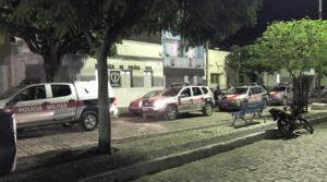 jq-800x445-300x167 Polícia prende um dos foragidos da Cadeia de Serra Branca