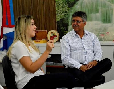 lorena-1 Prefeita de Monteiro vai à transmissão do cargo ao novo reitor da UFCG