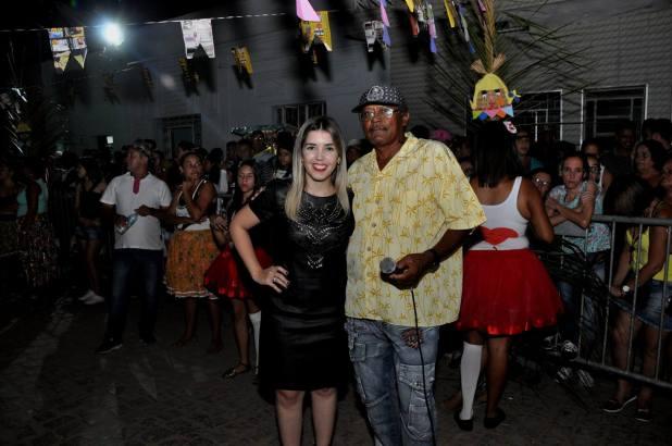 OPIPOCO mostra como foi a primeira noite do festival de quadrilhas em Monteiro. Confira Imagens 13