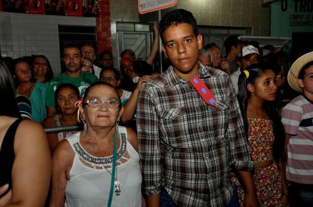 OPIPOCO mostra como foi a primeira noite do festival de quadrilhas em Monteiro. Confira Imagens 19