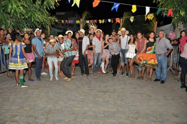 OPIPOCO mostra como foi a Segunda noite do festival de quadrilhas em Monteiro. Confira Imagens 6