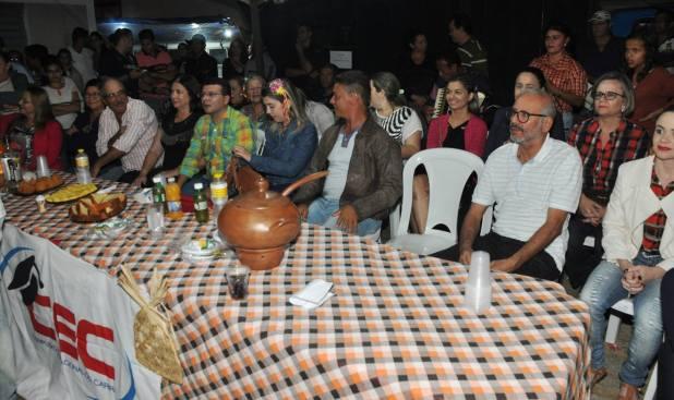OPIPOCO mostra como foi a Segunda noite do festival de quadrilhas em Monteiro. Confira Imagens 15