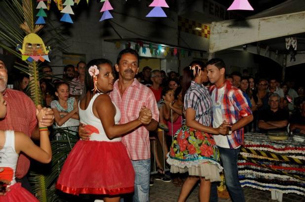 OPIPOCO mostra como foi a primeira noite do festival de quadrilhas em Monteiro. Confira Imagens 31