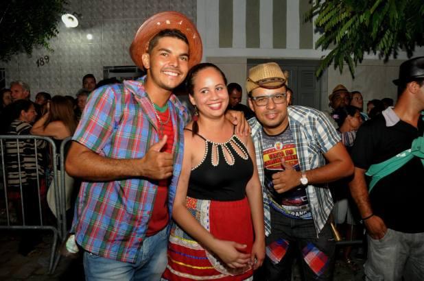 OPIPOCO mostra como foi a Segunda noite do festival de quadrilhas em Monteiro. Confira Imagens 18